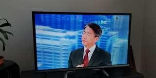 """Panasonic 32"""" TV 99% new immaculate"""