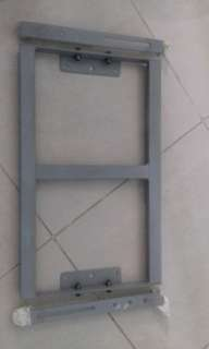 Universal heavy duty wall tv bracket
