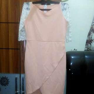 Dress Pesta Wanita