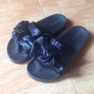 Vincci Navy Bow Sandal
