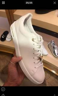🚚 LV 白色鞋