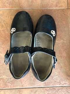 Black Sandal Kids