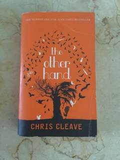 [Reprice] Novel THE OTHER HAND by CHRIS CLEAVE