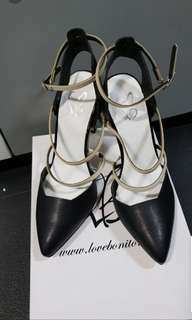 Brandnew Love Bonito Black Covered heels
