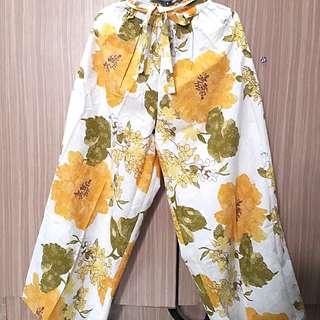 Flower Kulot yellow