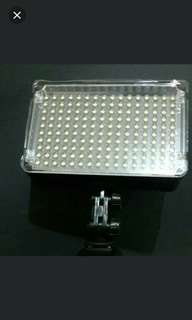 Aputure amaran h160 led light