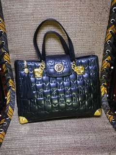 METROCITY Quilted Hand Bag