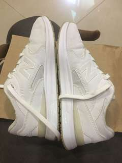 🚚 New Blance 全白運動鞋