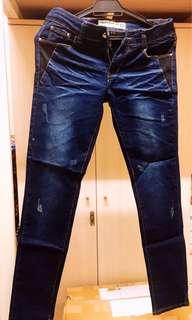 🚚 全新 潮流牛仔褲👖