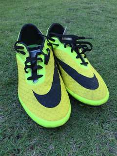 Nike Hypervenom Football Cleats