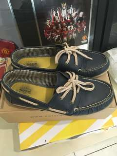 Older Boys boat shoe (Navy)