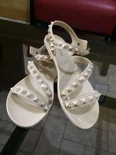 Rush sale! 2 pairs of sandals