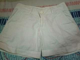 Celana pendek cool