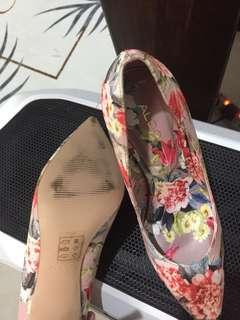 aldo flowery heels
