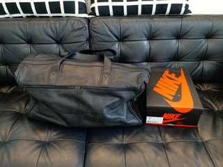 全黑牛皮大容量旅行袋