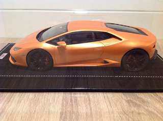 1/18 MR Collection Models Lamborghini Huracan (Arancio Borealis)