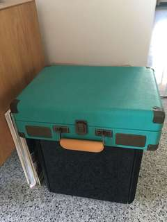 Portable Turntable / Vinyl Player