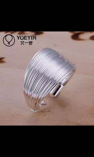 Silver Plated Costly Discus Zircon Ring
