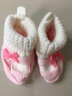 NB preloved shoe socks