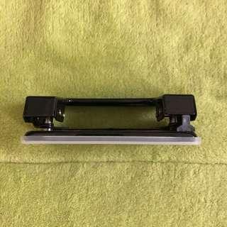 兩孔打孔機🔖贈保護貼