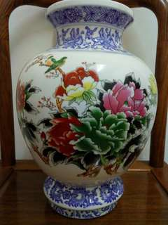 Flower porcelain vase