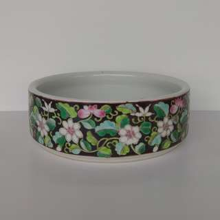 Special Artistic Porcelain ornamental round planter hand-painted bonsai pot with pattern of flowers on black ground
