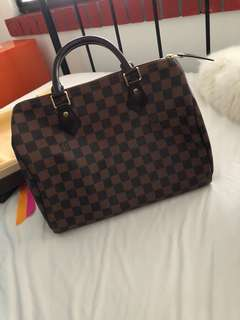 (LOOKING FOR) Louis Vuitton Speedy 30