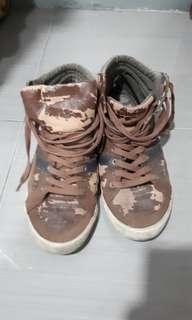 #mausupreme Pull and bear boots #mausupreme