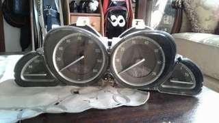 Mercedes-Benz speedometer R230 SL350/500
