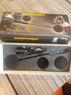 Bluetooth motorcycle earpads