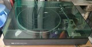 ITT 8011 turntable