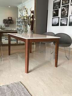 Air division Marble Dining Table