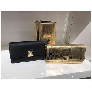 Pre-order: MK CLUTCH WITH SLING