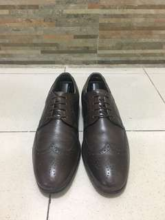 Red Tape Brogue dress shoes (Repriced)