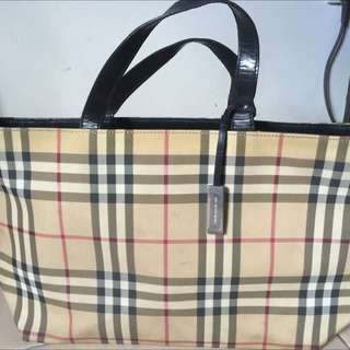 <Reduced> Authentic Burberry Bag