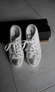 Sepatu converse limited