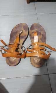 #mausupreme roxy sandals #mausupreme