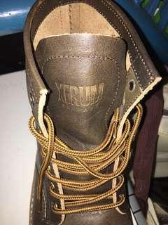 Sepatu Boot size 44