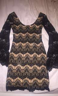 Angel Biba Bell sleeved fitted lace dress