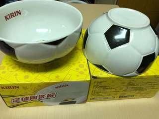 🚚 足球陶瓷碗ㄧ對