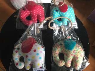 🚚 泰國大象吊飾四個