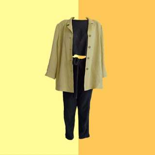 BUNDLE: 1🧥1👚1👖 ✔️Soft Light Brown Blazer ✔️Black Sleeveless Crop Top | Size: S-M