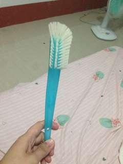 Avent Brush