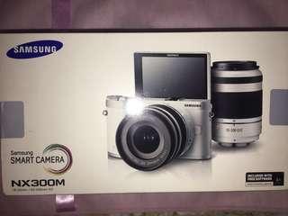 Samsung NX300M White Camera