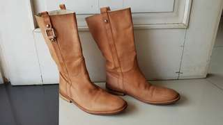 Authentic MAX MARA Camel Brown Genuine Leather Boots size 37