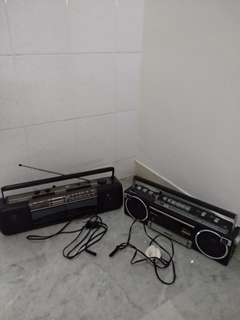 Aiwa & National (Vintage radios)