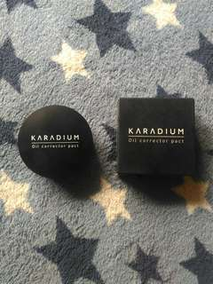 Karadium Oil Corrector Pact