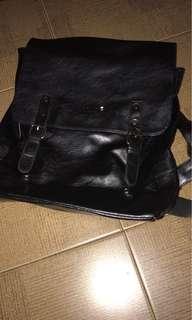 tas gemblok kulit montblank seperti baru