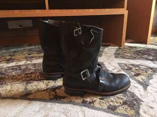 Red Wing 2268 Engineer Boots 10US