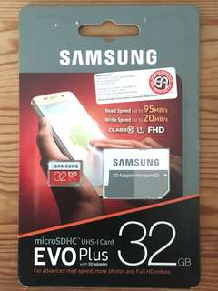 Samsung Micro SD Card with free adapter (32GB)